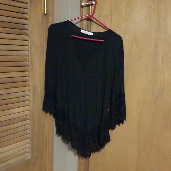 Solitaire Tops - Black shirt